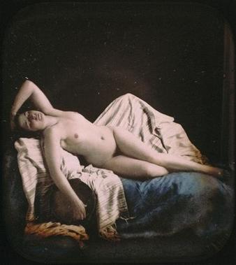 Femme nue allongée sur un canapé (alrededor de 1850) de Auguste Belloc
