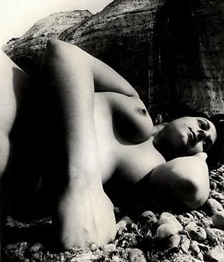Nude, East Sussex COSAT (1957) de Bill Brandt